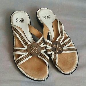 Sofft Sandals Tan/White 8.5 M Slides